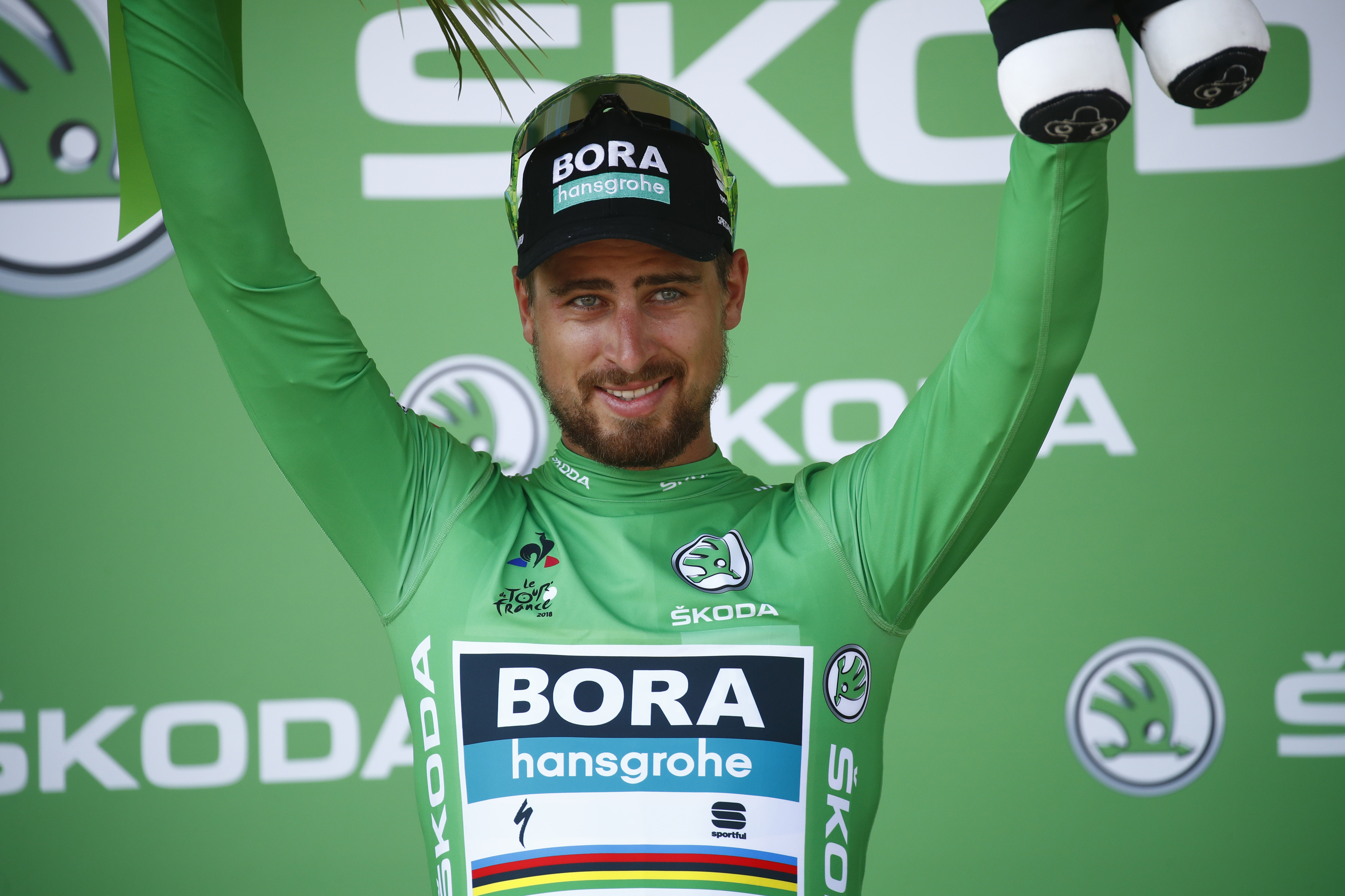 first maillot jaune ever for bora hansgrohe at tour de france peter sagan. Black Bedroom Furniture Sets. Home Design Ideas